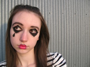 Mime makeup look